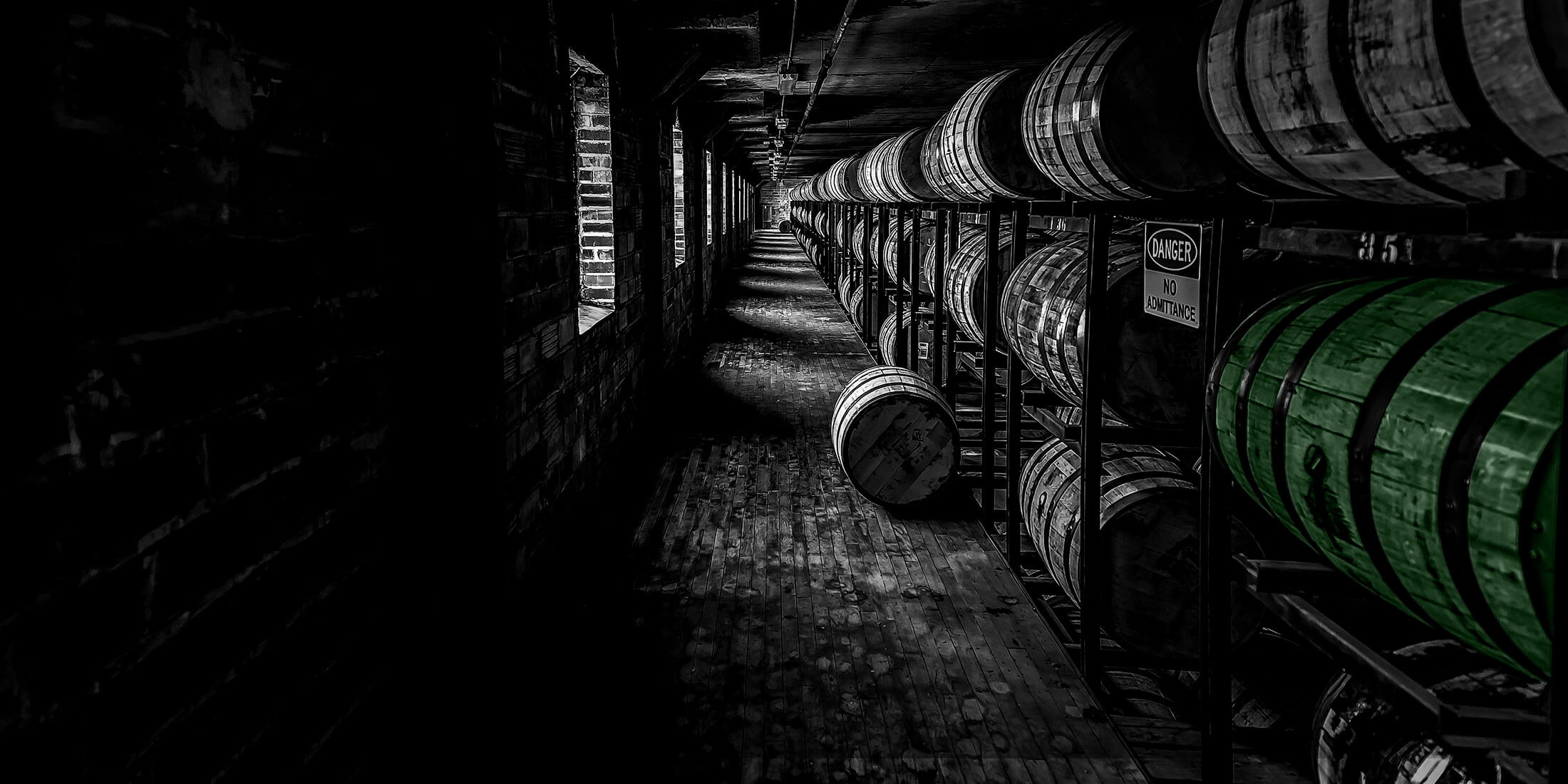 oaksmith international oak barrels storage